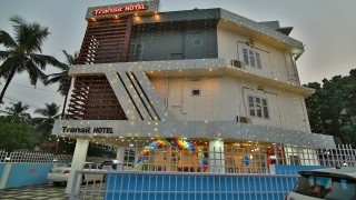 Click here to view the details of Transit Hotel