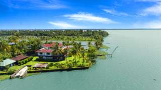 Click here to view the details of Waters Edge by Gateway Malabar