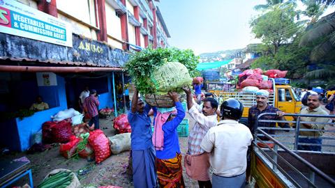 Vadakara Market