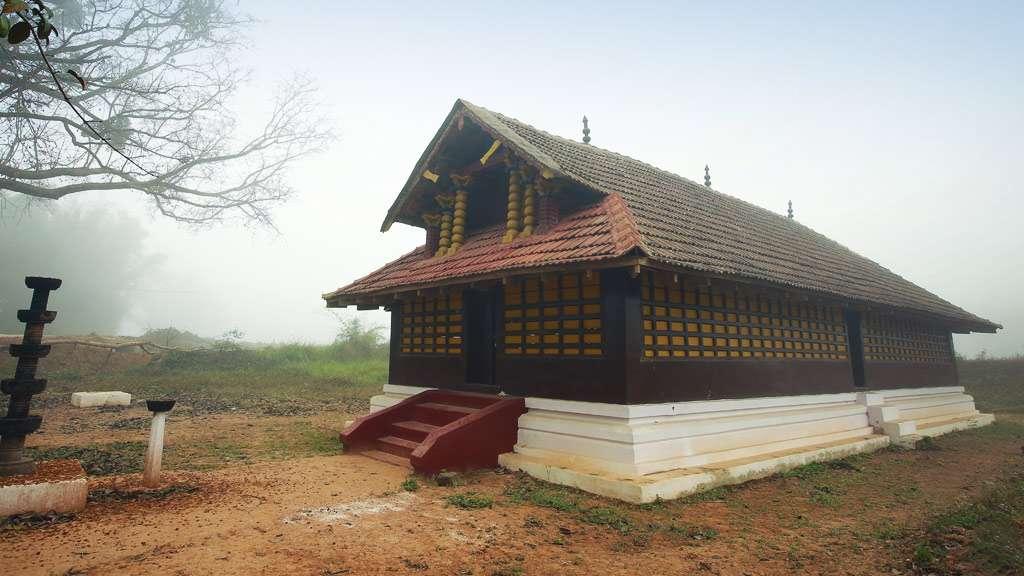 Valliyoor Kavu temple