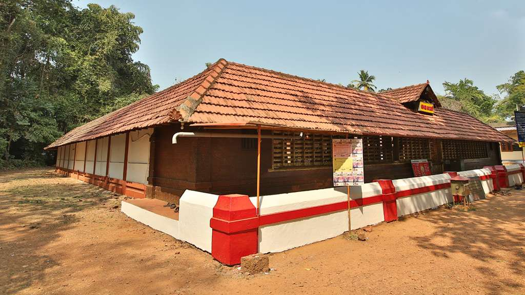 Chirakka Kavu Bhagavathy Temple