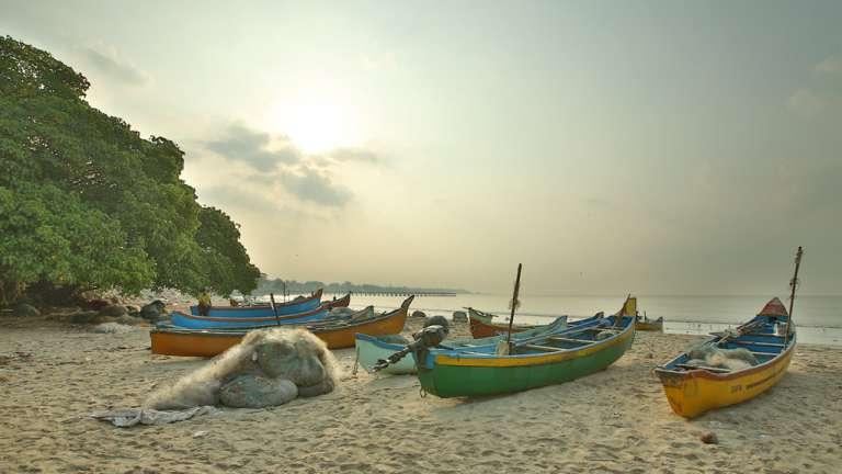 Jawahar Ghat fishing boats