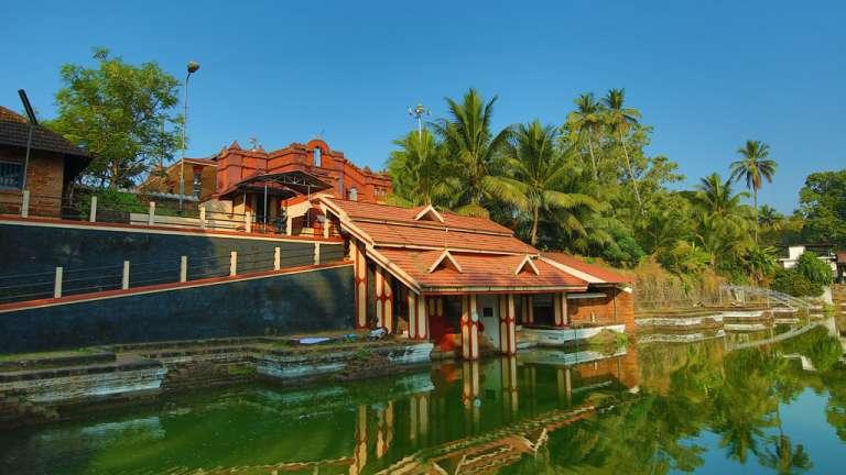 Thiruvangad Sree Ramaswamy Temple pond