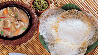 Appam and Chicken Stew Combo