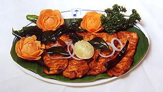 Meen Thavayil Pollichathu