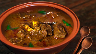 Varutharacha Mutton Curry